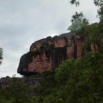 Burrunggui (Boor-oon-goy), Nourlangie area